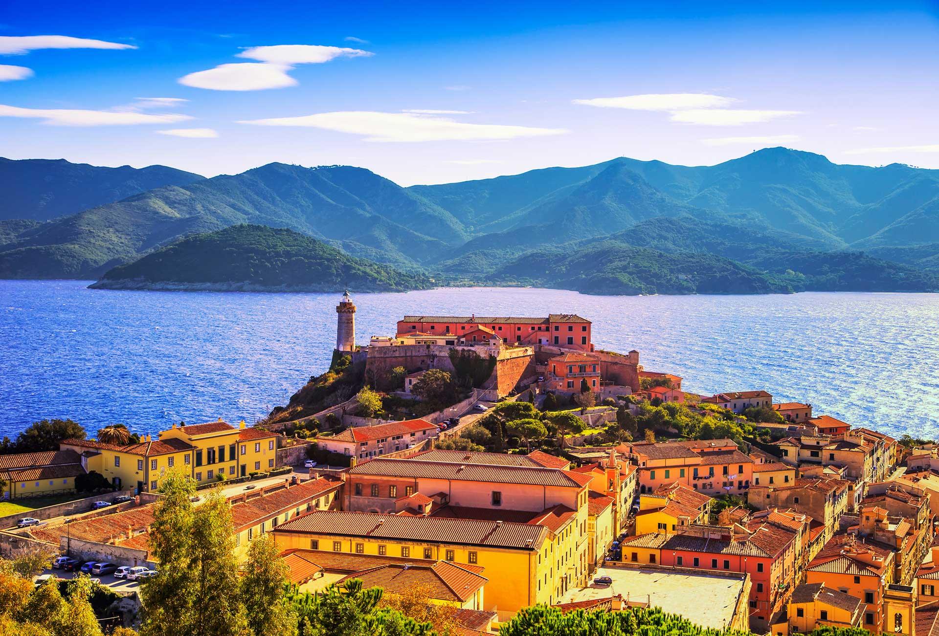 Toskana-Insel-Elba-Fotolia_104027687_XL